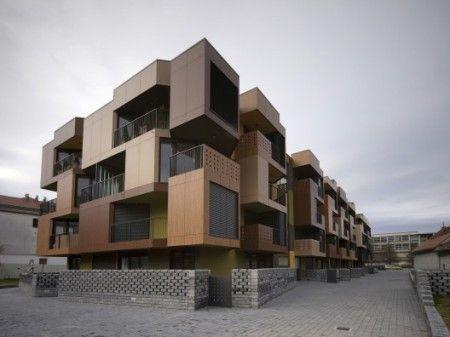 Prédios inspirados no encaixe de peças do clássico jogo Tetris, trabalho dos arquitetos da OFIS arhitekti o prédio está localizado na Slovenia em Ljubljana