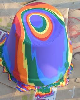looks so fun!: Rainbow Pots, Painting Flowers, Color Fun, Painted Pots, Diy Garden Pots, Flower Pots, Rainbow Painting