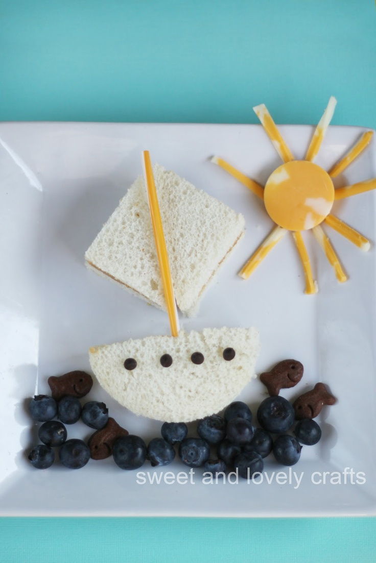 Cute little sailboat lunch for your kids, or yourself!