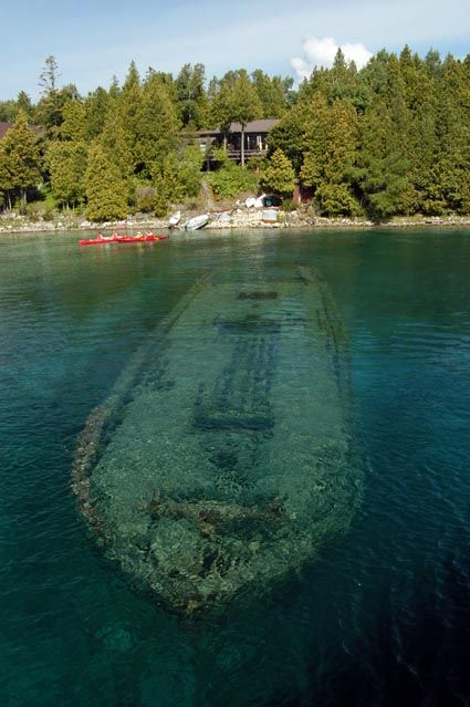 Tobermory, Ontario - Dive capital of Ontario and at the most northerly point of the Niagara Escarpment