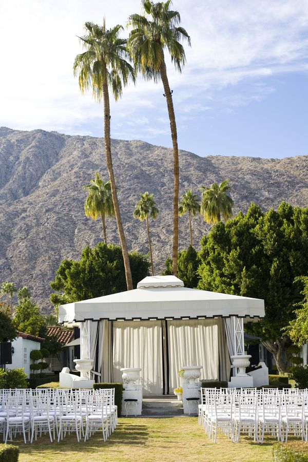 Bright Modern Viceroy Palm Springs Wedding