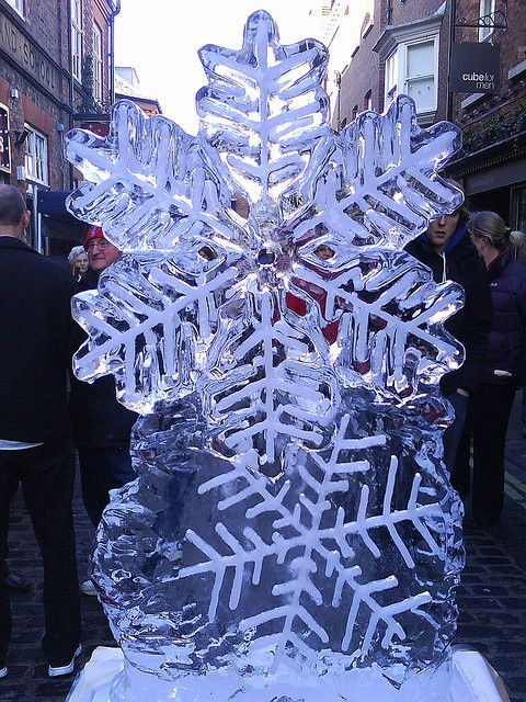 Christmas Ice Sculptures | Snowflakes - Christmas Ice Sculptures 2009 | Flickr - Photo Sharing!