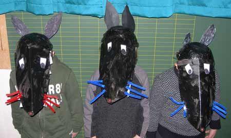 carnaval chapeau de loup grenouille ours
