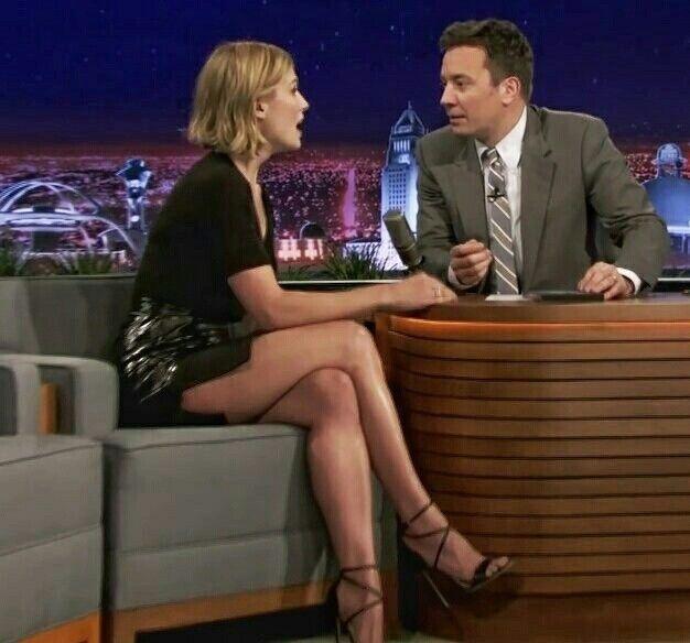 Rosamund Pike Leggy On The Tonight Show Hot Celebrity TV