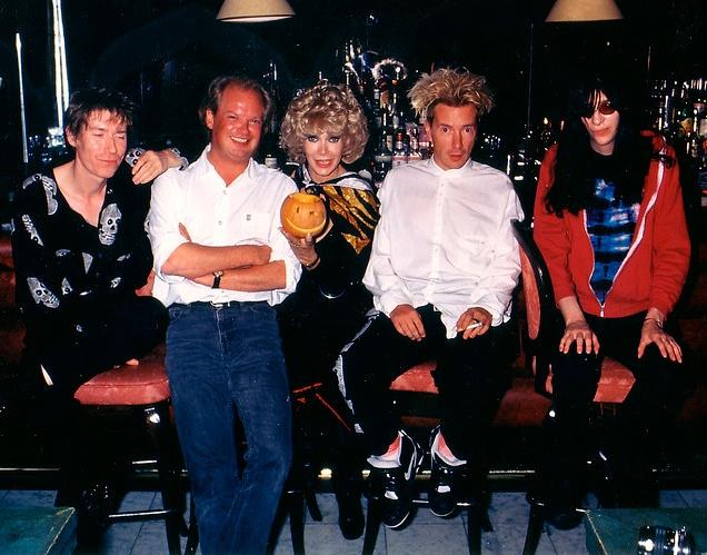 Joey Ramone Hijos: Richard Butler, Ht, Dyanne Thorne, John Lydon, And Joey
