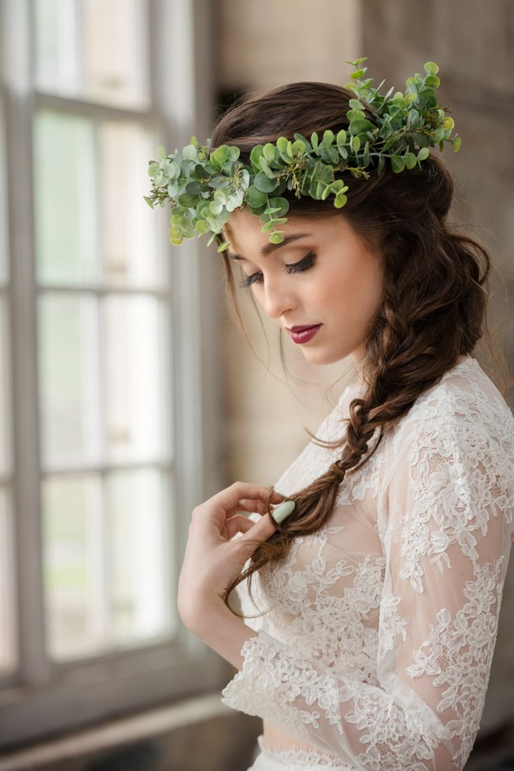 Flower Crown Bride Greenery Bridal Organic Foliage Rustic Wedding Ideas http://www.sarahvivienne.co.uk/