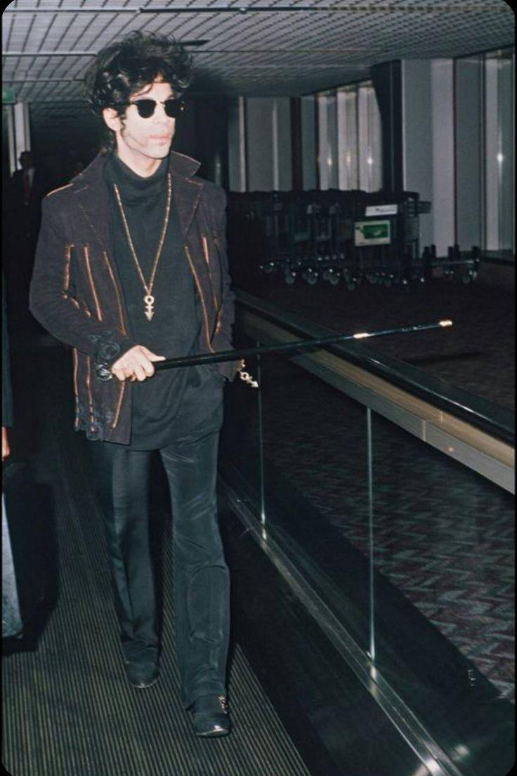 Very rare Prince pic 1993