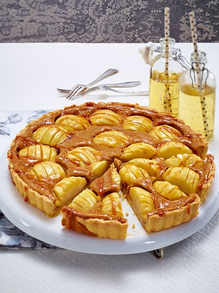 Lust auf Apfelkuchen? Wir haben die besten Rezepte. Und das, das ganze Jahr über: ein Schwedischer Apfelbiskuit, eine Apfel-Rosen-Tarte, ....