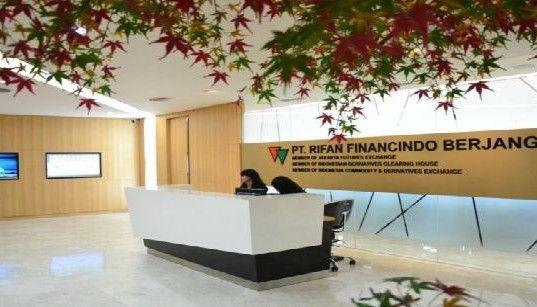 PT. Rifan Financindo Berjangka Salah Satu Perusahaan Pialang Terbesar Dan Teraktif Dalam Industri Perdagangan Berjangka