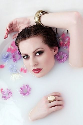 50 best images about milk baths on pinterest for Bathroom photoshoots