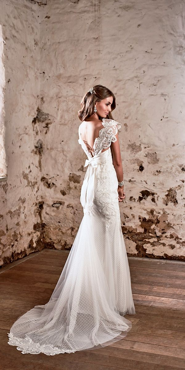 Amazing Anna Campbell 2018 Wedding Dresses ❤ See more: http://www.weddingforward.com/amazing-anna-campbell-2018-wedding-dresses/ #weddings
