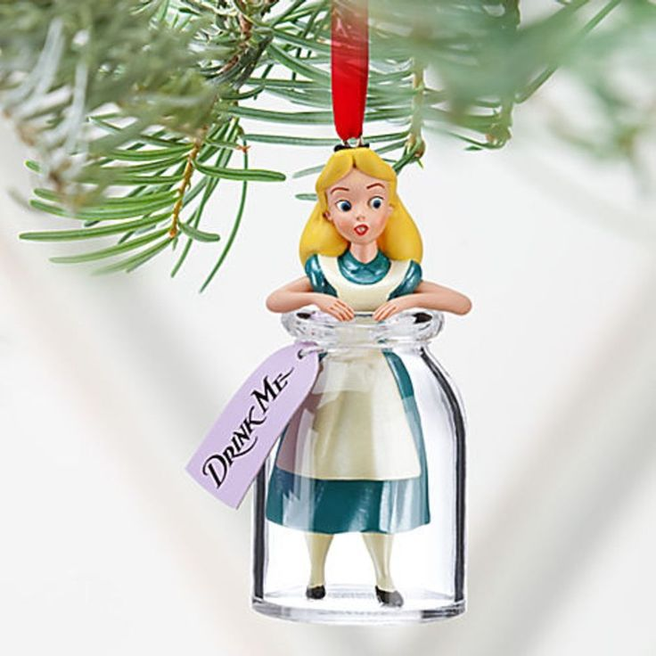 1000 ideas about alice in wonderland decorations on - Deco noel disney ...
