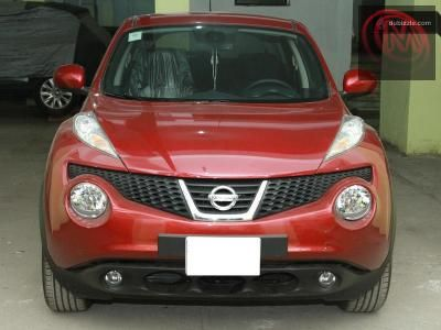 Nissan Juke 2012 dealer maintained Maroon interior  Mobile: 00201001133217
