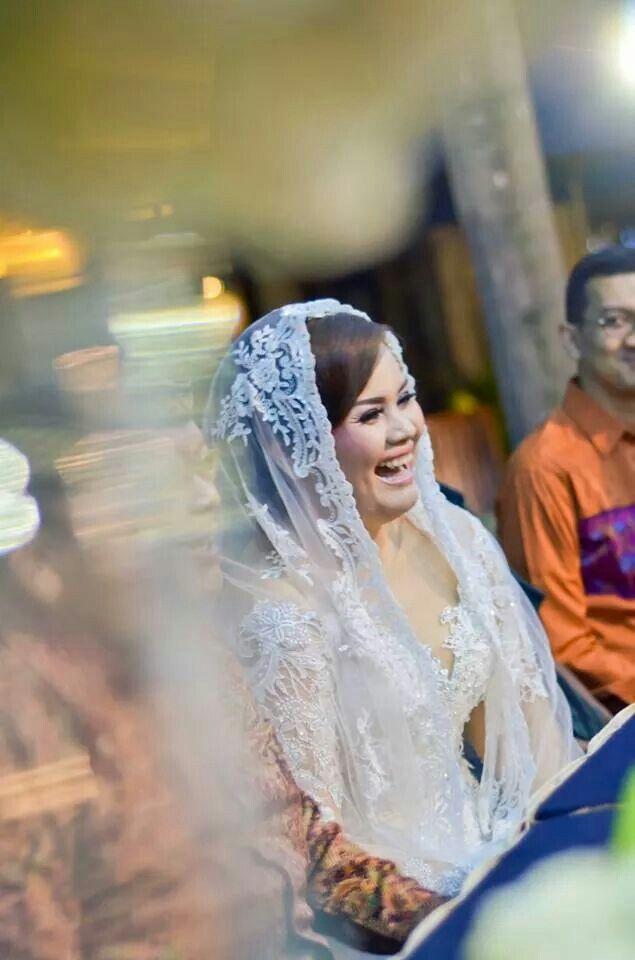 #wedding #gown #weddingdress #white #kebaya