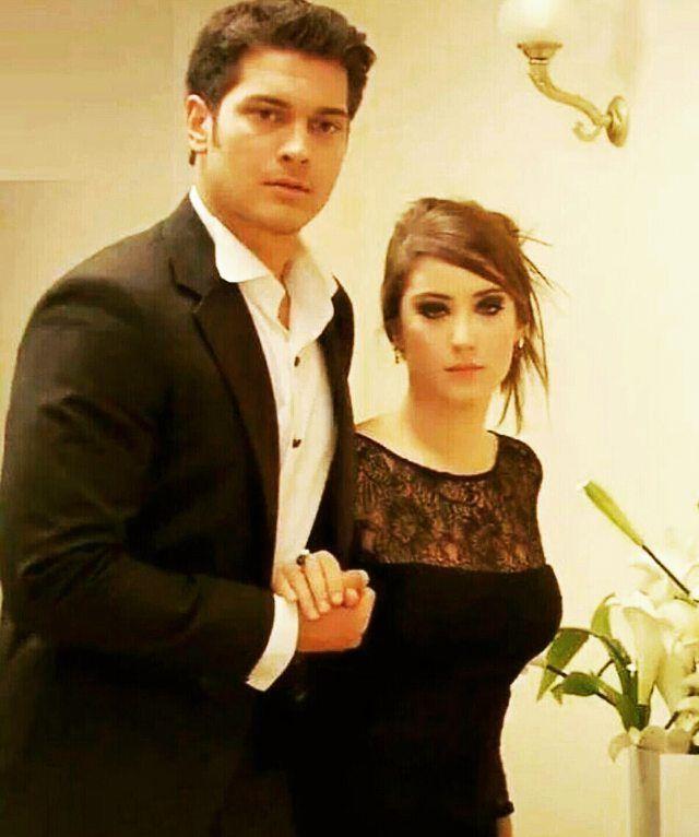 Feriha&Emir que hermosa pareja..pero no es un amor real,hay q aceptarlo.. aunque suelo pensar que en el futuro se van a encontrar y juntar :D