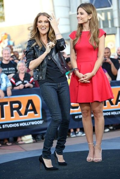 Celine Dion Photos Photos - Celion Dion hangs out with Maria Menounos on the 'Extra' set in Los Angeles on September 10, 2013.  - Celion Dion Stops by the 'Extra' Set
