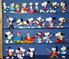 Peanuts Snoopys === 26 x Snoopy Figuren China