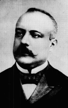 Prime Minister Antonio Salandra was the leader of the Triple Alliance. He was the leader for Italy. He led Italy into the war. Also negotiation the treaty of London.
