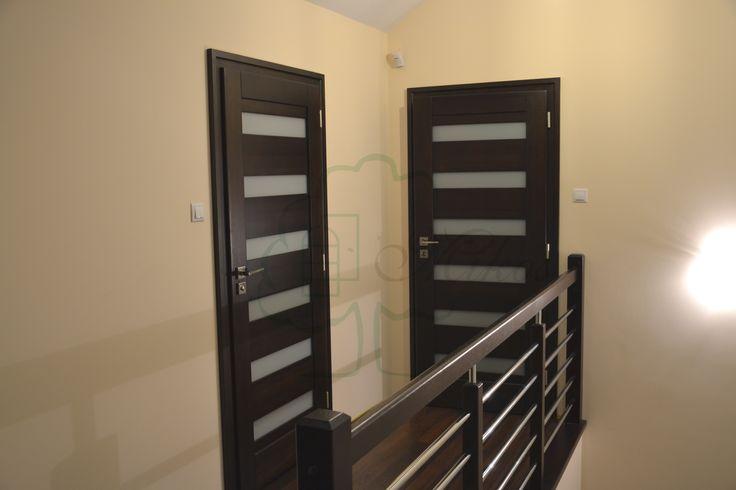 Drzwi nowoczesne drewniane