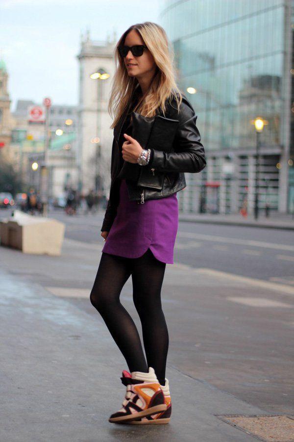 chaquetas de cuero son simplemente perfecto para la moda de otoño.  Sincronizarlo con su falda lápiz favorito y medias.  Ser más aventurero y ponerse en un par de zapatos colorido de goma.