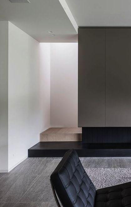 Sleek interior design | Barcelona chair Mies Van der Rohe