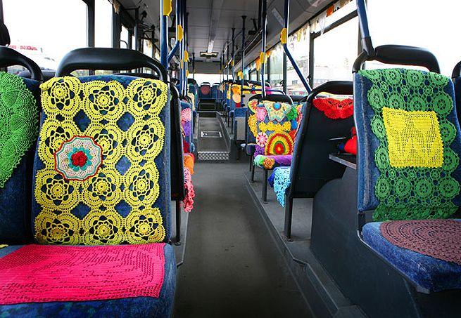 Quem não sorriria ao entrar neste ônibus :)