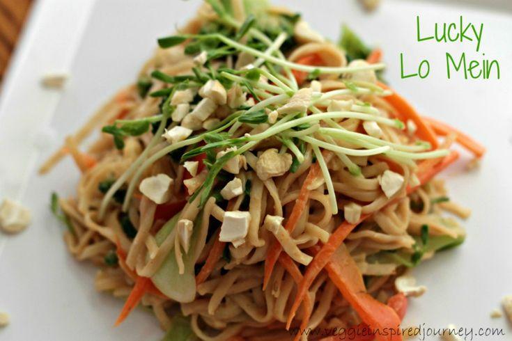 Vegetable Lo Mein With Creamy Peanut Sauce [Vegan]