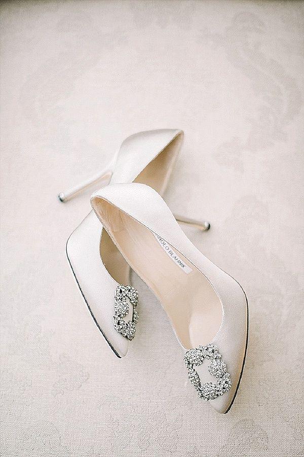 Manolo Blahnik Ivory Wedding Shoes | Image by Bohème Moon Photography