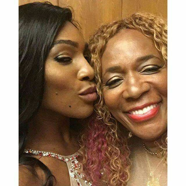 Serena Williams and her mom