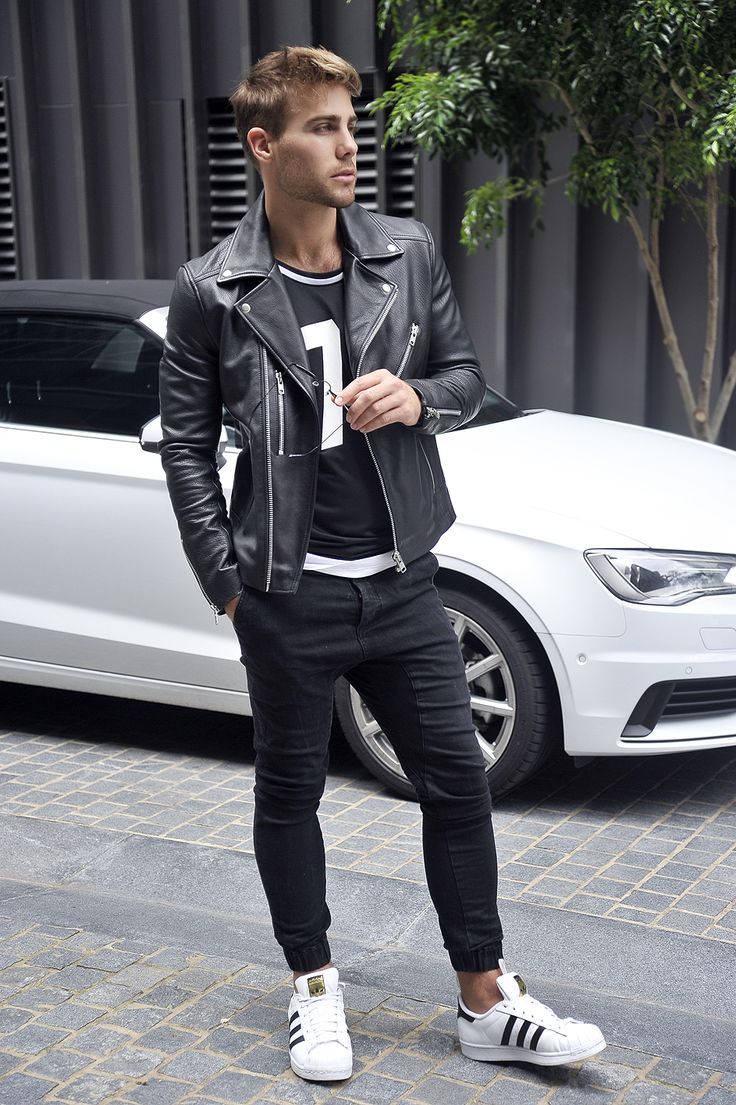Leather is the easiest way to add an oomph of edginess in your wardrobe FOLLOW ➝ https://www.pinterest.com/damee1/hell-bent-for-leather // Find similar pins at @damee1/ // #leatheroutfit #leatherjacket #stylish #menfashion #menstyle #guysinstyle #guyswithstyle #biker #leather #stylish menswear #menstyle #menfashion #casual #smart #classy #dapper #outfit #beTrendly #Fashion #Menswear #Leather #Biker #Hip