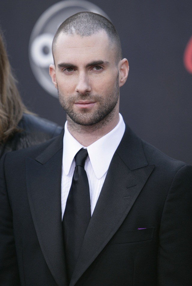 i'm seriously in love with him<3Launch Fashion, Celebrities Fashion, Celebrities Adam, Adam Noah, Chic Style, Adamlevine, Wwwmixedpassioncomadam Levine, Hot Guys, Hot Men