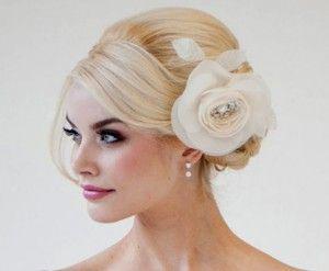 bröllop-hårfrisyrer-uppsättning-tips-7