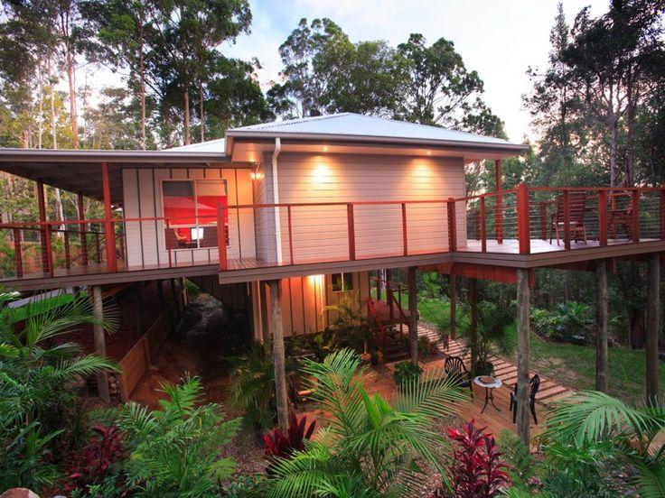 Split level design surounded by nature | Tru-Built Builders Queensland
