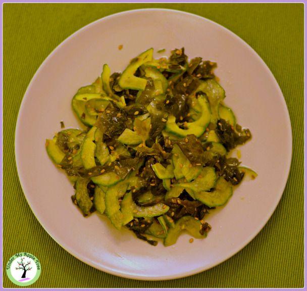Wakame and cucumber salad recipe
