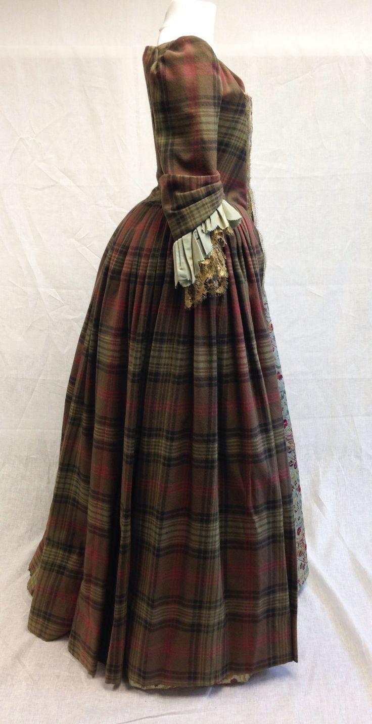 Claire's Gathering dress