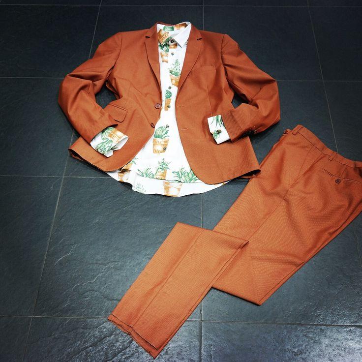 ΓΙΑ ΛΙΓΕΣ ΜΕΡΕΣ !  Κοστούμι απο 189€ τωρα 95€ Πουκάμισο απο 93€ τωρα 47€ ΘΑ ΠΡΟΛΑΒΕΙΣ ? Παραγγελίες και μέσω FB Τηλ παραγγελίες 2310271010 #mensfashion #denim #boutique #nightlife #luciocosta #italyfashion #nightpeople #streetfashion #menswear #clothing #outfit #urban #street #fashion #swag #black #newarrivals #fallwinter #summer #looking #greece #diadoraheritage #dogs #shoes #winter #sales #party #takeshykurosawa