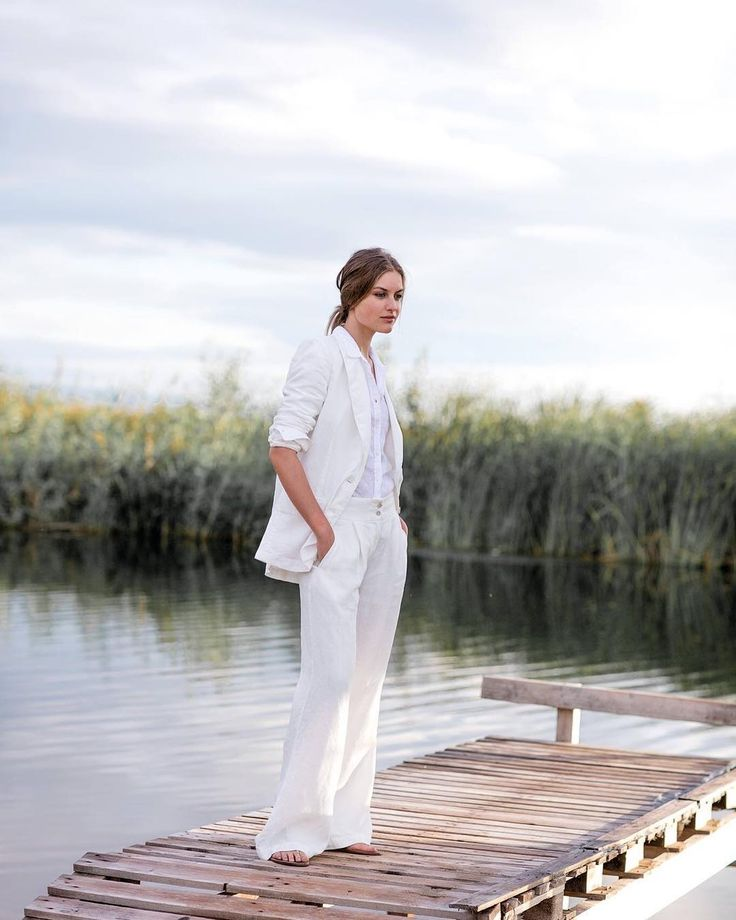 Elegant atmospheres from our SS17 Catalog.  #120lino #elegant #elegance #woman #womanswear #outfitinspiration #outfit #lookbook #look #catalog #summer #travel #travelling #white #totalwhite #linen #linenpants #linenshirt #shirt #pants #jacket #trend #style #store #milano #120percento
