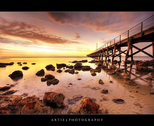 Moonta Bay Jetty, South Australia ::