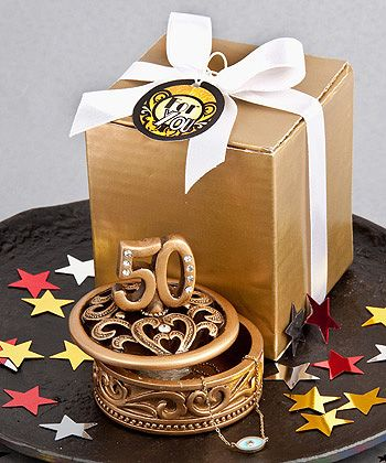 50th Wedding Anniversary Gift Ideas For Guests : about 50th Wedding Anniversary Ideas on Pinterest Golden wedding ...
