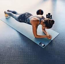 Картинки по запросу упражнения для осанки с гантелями