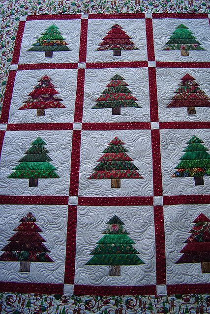 Christmas tree quilt - realized after I repinned that there is no pattern connected to this pictures but shouldn't be too hard to figure out. Ireally want to make this one soon!