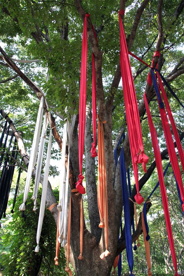 parhessiestas -Korean shaman flags holding food to exorcise evil spirits.