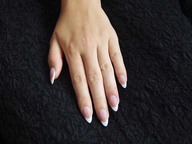 Francia Mandula Műköröm Almond Shape French Acrylic Nails Pinterest And