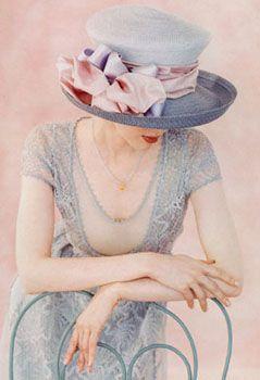 Elegante pamela en gris y nude