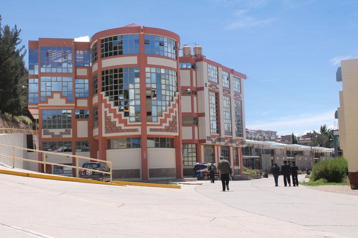 Escuela Profesional de Ciencias Contables de la Universidad Nacional del Altiplano Puno.  Foto: Octubre 2014.