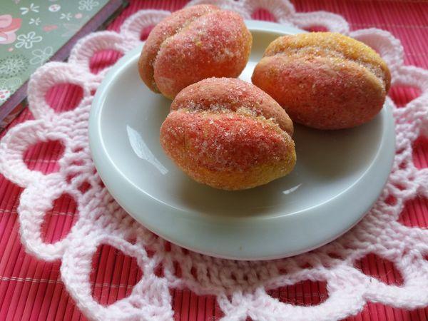 Печенье персики - рецепт приготовления. Такое лакомство здорово было бы готовить с детьми. Очень интересный и увлекательный процесс.Да еще и вкусно.