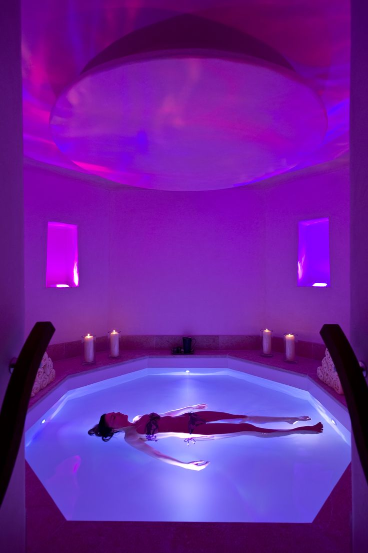 floatation room au Spa Six Senses à l'hôtel The Alpina Gstaad, Switzerland http://www.thealpinagstaad.ch/fr/Bienvenue-a-The-Alpina-Gstaad
