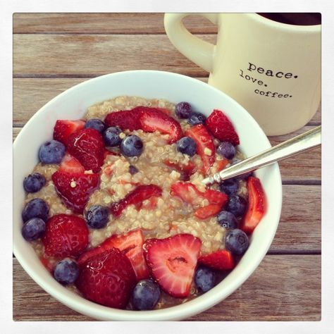 hot quinoa and oat cereal with goji berries - Marin Mama Cooks