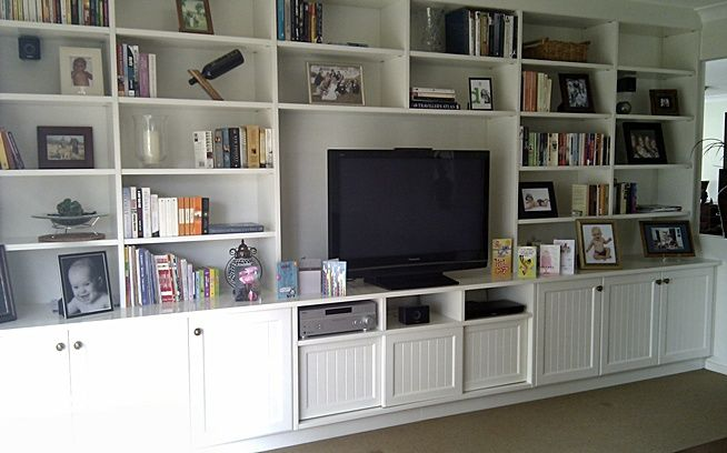 8 best images about built in wall units on pinterest tvs for Built in wall units