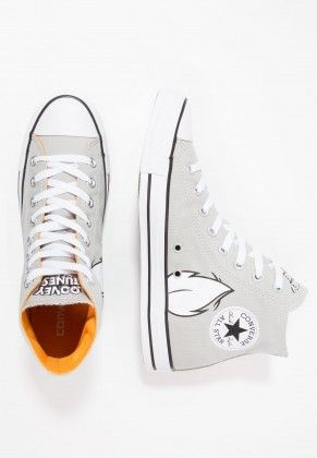 40defdf74b1e Converse Chuck Tailor All Star Hi Footwear High Of Bugs Bunny For Men s And  Women s